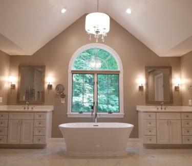 Timonium Master Bathroom Free Standing Tub